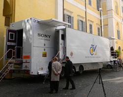 New_Vatican_Television_Center_OB_Van_2_CNA_Vatican_Catholic_News_11_16_10.jpg