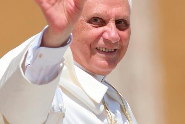 Pope_Benedict_LARGE.jpg